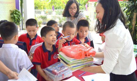 Trao yêu thương tới trẻ em vùng cao Hà Giang