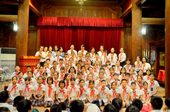 Cảm xúc đặc biệt của Passers ngày kết nạp Đội viên tại Văn Miếu – Quốc Tử Giám