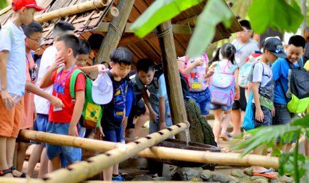 Nhật ký Trại hè Pascal 2019: Học sinh thích thú khám phá Bảo tàng Dân tộc học Việt Nam