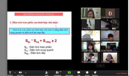 Trường Pascal dạy học trực tuyến, giáo viên và học sinh tương tác trực tiếp với nhau