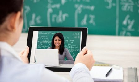 Kiến thức về học tập trực tuyến dành cho các nhà quản lý giáo dục: Những hiểu lầm phổ biến về học tập trực tuyến
