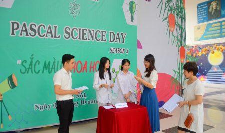 """Ngày hội STEM """"Bước chân"""" 2020: Khơi nguồn đam mê sáng tạo, lan tỏa tình yêu khoa học"""